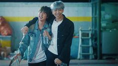 gif, kim namjoon, and kpop de Packye | We Heart It