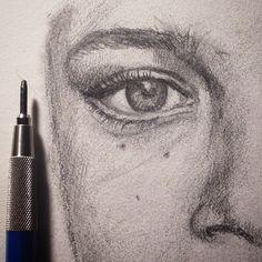 #drawing #sketch #sketchbook #illustration #pencil #Lureka #lapiz #dibujosalapiz