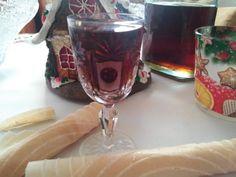 Fűszeres kávélikőr - tejmentes recept Pink Dust blog Alcoholic Drinks, Tableware, Blog, Pink, Christmas, Xmas, Dinnerware, Tablewares, Liquor Drinks