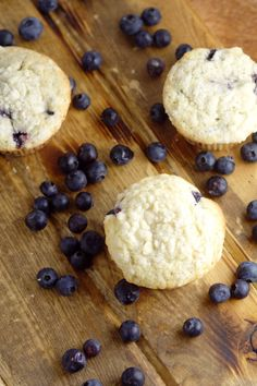 Perfect Blueberry Muffins are easy and delicious! A perfect breakfast recipe that you can make ahead, and even freeze for later. This recipe was handed down through the generations, and let me tell you, it is FABULOUS! Muffin Recipes, Baking Recipes, Breakfast Recipes, Best Blueberry Muffins, Blue Berry Muffins, Perfect Breakfast, Meals For The Week, No Bake Desserts, Us Foods