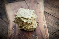 poppy seed dill crackers // clean eats
