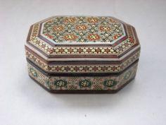 Khatam Jewelry/Trinket/Gift Box - Persian Wooden Handcraft Inlaid Iranian Art Persian Pattern, Persian Culture, Iranian Art, Jewelry Art, Jewelry Gifts, Jewellery Boxes, Little Boxes, Casket, Trinket Boxes