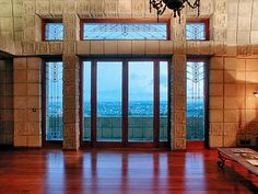 Frank Lloyd Wright's Ennis House. Photo courtesy of the LA Times. Designed in the Ennis House stands out both in the canon of modern architecture as well as . Revival Architecture, Art And Architecture, Amazing Architecture, Ennis House, Falling Water House, Art Nouveau, Frank Lloyd Wright Buildings, Brown House, Walter Gropius