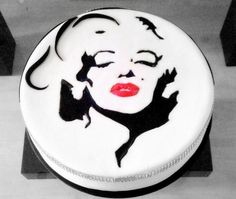 Mariyn cake