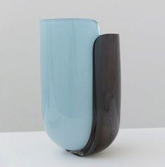 Julie Richoz - Vases Coques  http://arte-case.com/