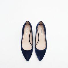 blue VELVET shoes from Zara