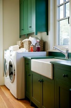 Coastal Living - Allison Ramsey Architects Holiday House traditional laundry room