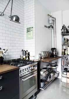 Køkken med mørtelgulv