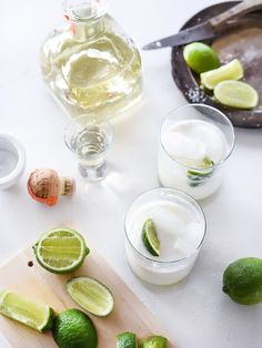 10 Easy Summer Cocktails That Are Fizzy, Fruity, and Downright Delicious - Drinks - Coconut Margarita, Jalapeno Margarita, Mango Margarita, Margarita Recipes, Party Drinks, Cocktail Drinks, Cocktail Recipes, Drink Recipes, Picnic Recipes