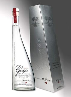 Got norton grappa going now.love this bottle to package ours. Tequila, Vodka, Beverage Packaging, Bottle Packaging, Luxury Packaging, Packaging Design, Strong Drinks, Best Beer, Bottle Design