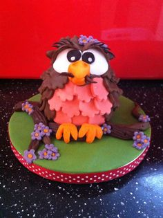 How to make a cute owl cake in a few simple steps