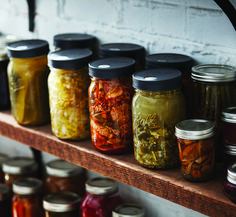 Learn all about fermentation and frequently asked questions Food Storage Organization, Canned Food Storage, Organizing, Fermentation Recipes, Canning Recipes, Freeze Drying, Pickling, Preserving Food, Garden Projects