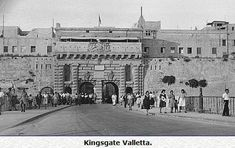 Colonel Thompson City Gate in Valletta, Malta. The original gate, known as Porta San Giorgio, was designed by military engineer Francesco Laparelli de Carotona, and was erected between April 1566 and Old Pictures, Old Photos, New Gate Design, Malta History, Malta Valletta, Malta Gozo, Royal Engineers, New City, Black And White Pictures