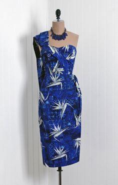 Shaheens of Honolulu cotton tropical print sun dress Hawaiian Wear, Hawaiian Fashion, Vintage Hawaiian, Vintage 1950s Dresses, Vintage Glam, Vintage Clothing, 1950s Fashion, Vintage Fashion, Island Wear