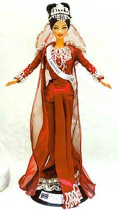 OOAK Barbie NiniMomo's Miss Pakistan 2011