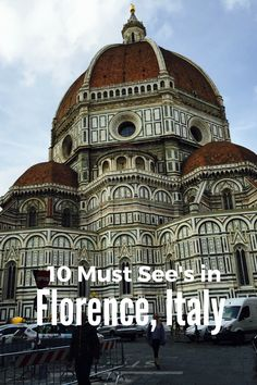 We give you tips and suggestions about the best tours of Italy. Italy is such a diverse country that you need to choose carefully what you want to see before leaving. Spain Travel, Italy Travel, Italy Tour Packages, Italy Culture, Italy Vacation, Italy Trip, Italy Destinations, Best Of Italy, Italy Holidays