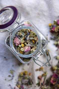 Natural herbal tea blends to help you relax and sleep better - by A Little Rosemary and Time
