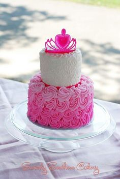 Princess cake - I found her original picture on her Facebook page! (I always like to give credit to the right person)