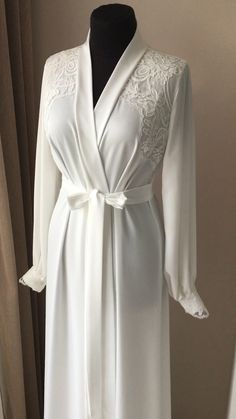 Long bridal robe with lace Ivory robe morning lingerie maternity dress silk robe boudoir robe personalised robes gift for bride Sleepwear Women, Pajamas Women, Bridal Robes, Lace Bridal Robe, Bridal Lingerie, Fru Fru, Victoria Secret, Hijab Dress, Party Dresses