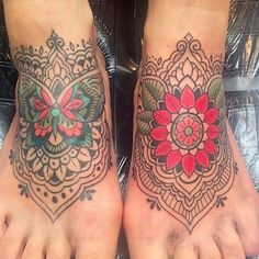 Consider the following when choosing where to get tattooed: | This Is What It's Like Getting A Tattoo