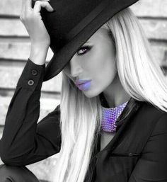 Black and White Photography of Women: How Take Beautiful Pictures – Black and White Photography Splash Photography, Photography Women, Color Photography, Black And White Photography, Color Splash, Color Pop, Purple Color Palettes, Black And White Colour, Woman Face