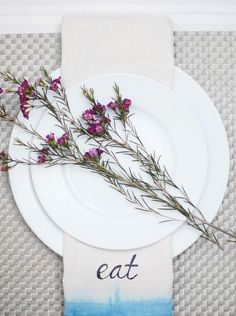 Dip Dyed Cloth Napkin Tutorial via @joannstores