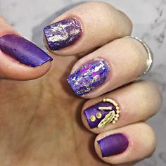 Purple ombre nails with gold designs using DOROTHY L nail polishes 💋💜💜💜   Find me on facebook: @Stellatnails  Follow Dorothy L: Facebook:@DorothyLCosmetics Instagram:@dorothylcosmetics   #nails #purple #ombre #gold #dorothyl #dorothylcosmetics Gold Designs, Nail Designs, Purple Ombre Nails, Gold Nails, Nail Polishes, Facebook, Photo And Video, Beauty, Instagram