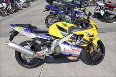 ROAD RIDER Street motorcycle in Japan - Honda CBR 600 F4i Nastro Azzurro