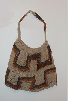 A bilum string bag from Papua New Guinea. Picture taken by RichardAmes 08:49, 19 Jul 2004 (UTC)