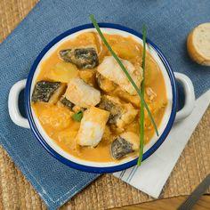 Thai Red Curry, Ethnic Recipes, Food, Instagram, Fish Stew, Smoker Cooking, Potatoes, Chicken, Essen