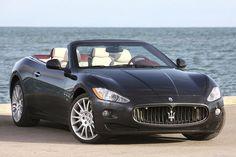 Une petite balade de printemps en #Maserati avec une belle montre en main ?