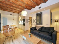 REF. 10588V Newly renovated designer #apartment for #sale in the heart of  #PobleSec, few minutes away from 'Avinguda del #Paral·lel' #Sants #Montjuic #PobleSec #AtipikaBarcelona #AtipikaBcn #RealEstate www.atipika.com