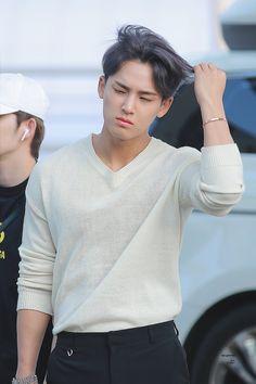 Seventeen Memes, Mingyu Seventeen, Seventeen Debut, Mingyu Wonwoo, Seungkwan, Woozi, Hip Hop, Kim Min Gyu, Won Woo