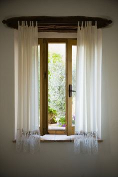 Find out how to clean any type of curtains. These basic tips for cleaning curtains will get your window treatments sparkling and shining. Pleated Curtains, White Curtains, Cleaning Solutions, Cleaning Hacks, Dingy Whites, Types Of Window Treatments, Home Remedies Beauty, Types Of Curtains, Window Cleaner