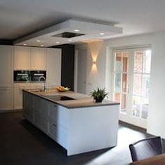 Modern kookeiland moderne keukens van tinnemans keukens modern | homify Kitchen Layout, Kitchen Island, New Homes, Loft, House Design, Table, Inspiration, Furniture, Home Decor