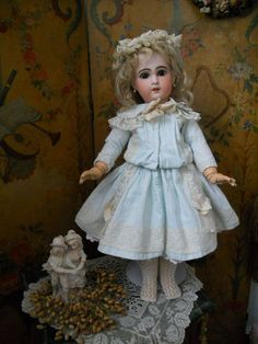 beautiful french antique doll clothes | ... Very Beautiful French Bisque Jumeau Size ... | Vintage Dolls and