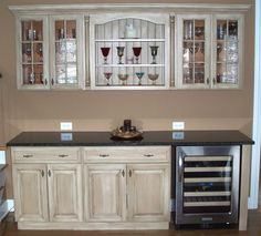 How to Refinish Cabinets with Stain and Glaze #stepbystep