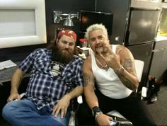 Willie & Guy Fieri - its like I've died and gone to heaven! Robertson Family, Sadie Robertson, Willies Duck Diner, Guy Feiri, Duck Dynasty Cast, Miss Kays, Duck Calls, Duck Commander, Quack Quack
