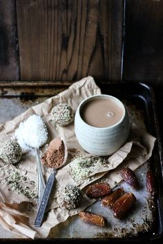 This Rawsome Vegan Life: HOT CACAO with CINNAMON, COCONUT + DATES