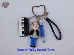 Deemak Twins: Music & Drawing