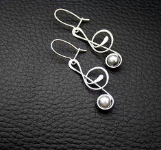 Wire Earrings Trebble cleff Přívěsek-HOUSLOVÝ KLÍČ(delší)-tepaný-hypoalergenní / Zboží prodejce Charliee | Fler.cz