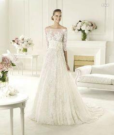 Beautiful Ellie Saab wedding dress