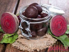 Marynowane buraki Polish Recipes, Chocolate Fondue, Pickles, Healthy Recipes, Healthy Food, Pudding, Fruit, Desserts, Herb