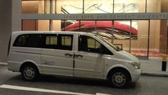 7 Seater Mercedes Benz Vito  Booking Hotline +65 8379 8000  http://jumbolimo.com