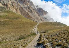 Cobrindo uma distância de cerca de 3.700 milhas, o Sentiero Italia - The Grand Italian Trail oferece um vislumbre das diversas paisagens naturais de um dos países mais pitorescos do mundo.