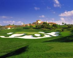 If this doesn't get in you in the mood for golf, we don't know what will. At Monte Rei Golf Club
