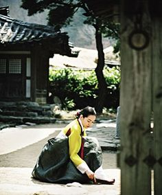 Korean traditional house, hanok and dress, hanbok
