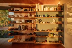 Architect John Wardle has renovated his own house in Australia John Wardle, Cabinet Shelving, Shelves, Concrete Facade, Two Storey House, Arch Interior, Glazed Tiles, Melbourne House, Built In Bookcase
