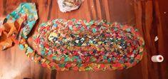 The Easiest Version of a Rag Rug — Rural Urbanite - Rug making Rag Rug Diy, Denim Rug, Rag Rug Tutorial, Braided Rag Rugs, Fabric Rug, Scrap Fabric, Doily Rug, Diy Crochet, Crochet Rugs
