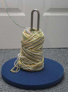 """yarn stand"" from a paper towel dispenser - prevents tangling ❥Teresa Restegui http://www.pinterest.com/teretegui/❥"